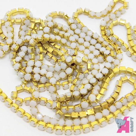 2 mm Opaque White Chain Golden Cup
